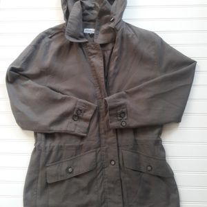 Travel Gear Dust Olive Coat
